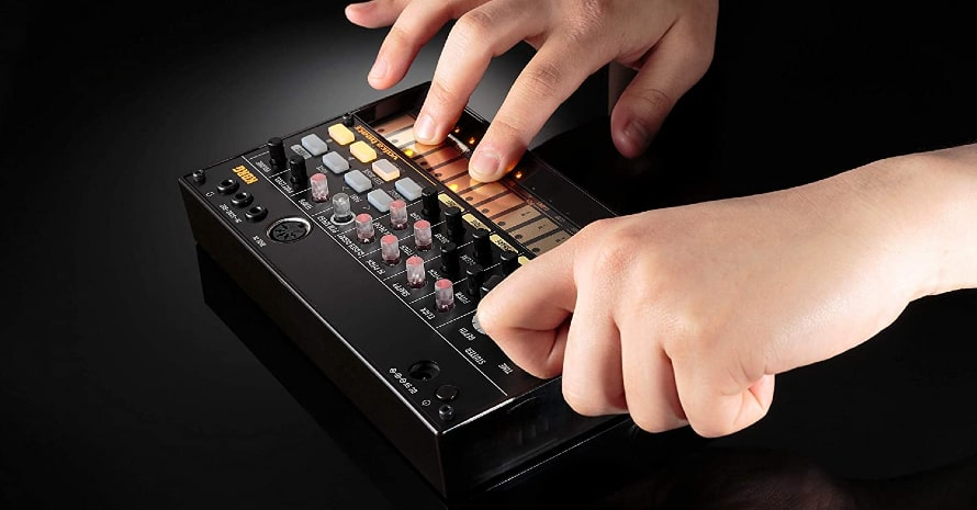 Korg 16-Key Synthesizer (VOLCABEATS)