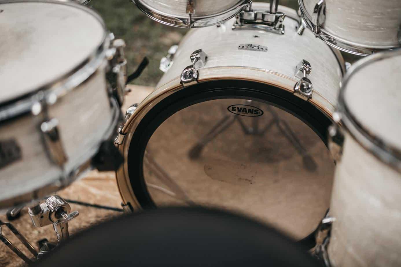 white drum set