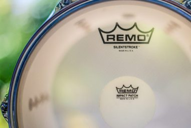Ultimate reviews of best drum plastic and best place to buy drum heads