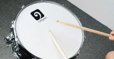 The Best Snare Drum for Beginners: Loud and Clear