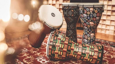 How to Play Djembe Drum: Guide on Mastering African Percussion